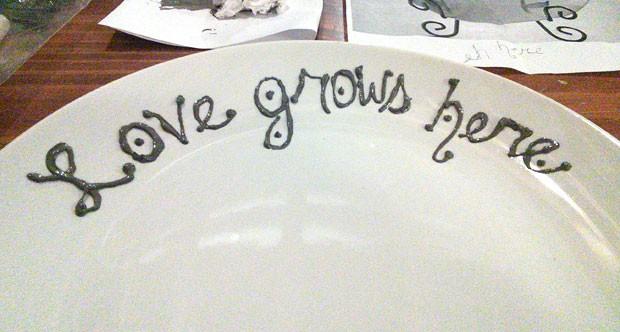 handprint-plate-lettering